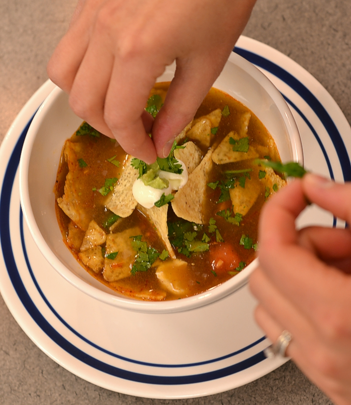 tortilla-soup-serving-garnish